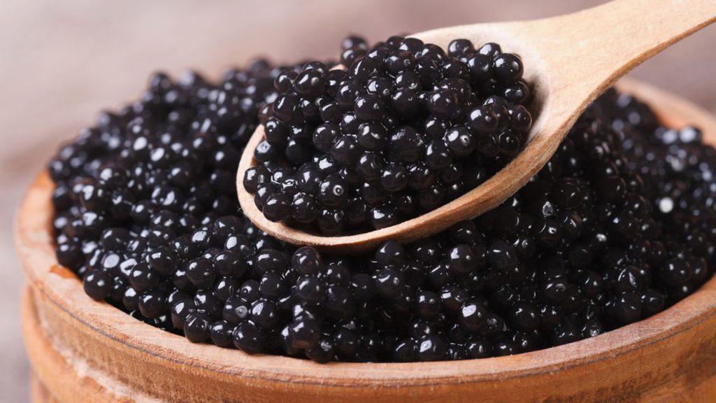 mundisa-el-sitio-perfecto-para-comprar-caviar-para-esta-navidad-1
