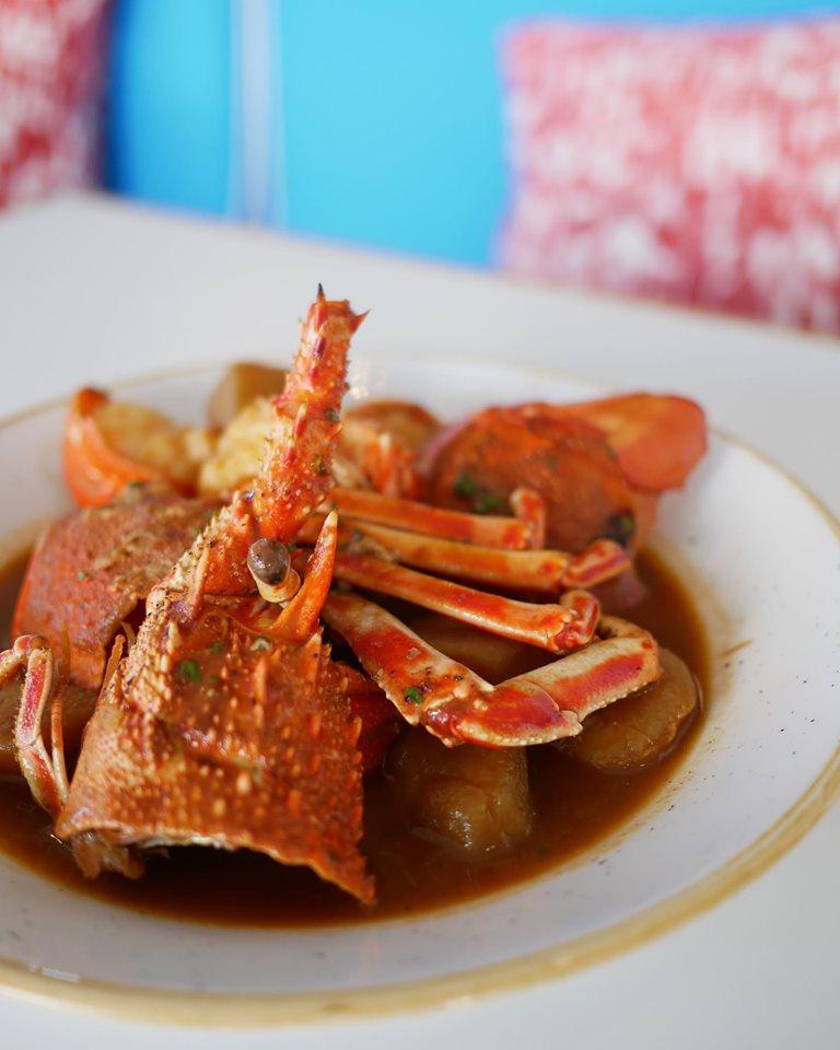 Caldereta de bogavante, otro clásico de la cocina marinera