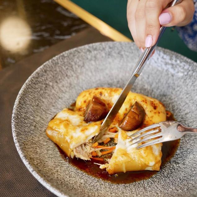 La cocina de Matiz está basada en la más pura esencia mediterránea reinventada de forma actual.