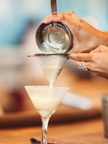 Algunos de los mejores cócteles de Mallorca, pueden disfrutarse en la coctelería del Salicornia